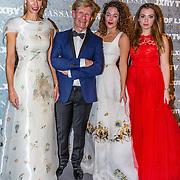 NLD/Amsterdam/20161208 - Vipnight 10de Masters of LXRY, Addy van den Krommenacker met zijn modellen