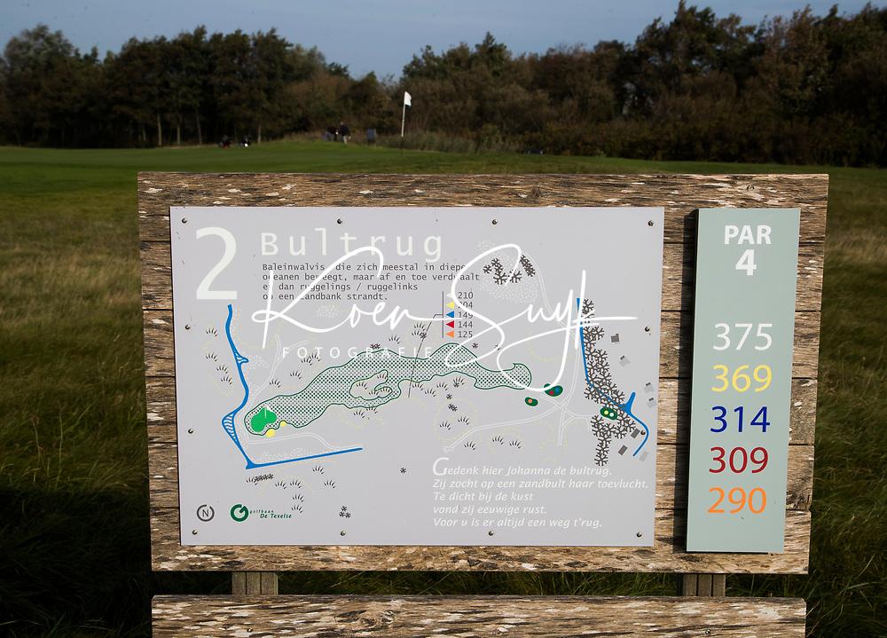 TEXEL - Hole 2 holebord. De Cocksdorp.  - Golfbaan De Texelse. COPYRIGHT KOEN SUYK