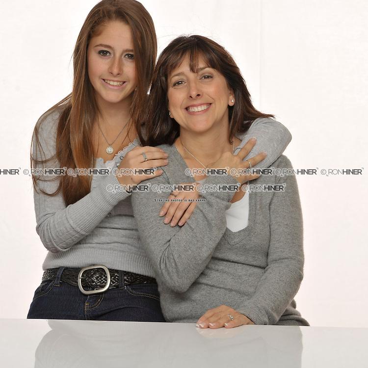 Julie Linker, Robyn Linker