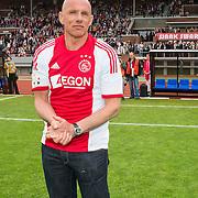 Amsterdam, 03-07-2013. Oud-Ajaxied Sjaak Swart wordt 75 jaar en krijgt een jubileumwedstrijd in het Olympisch Stadion te Amsterdam. Vele oud-Ajax gedienden waren uitgenodigd. Mr. Ajax - Sjaak Swart maakte deel uit van oud-Ajax elftal. Foto: Rob de Wit.