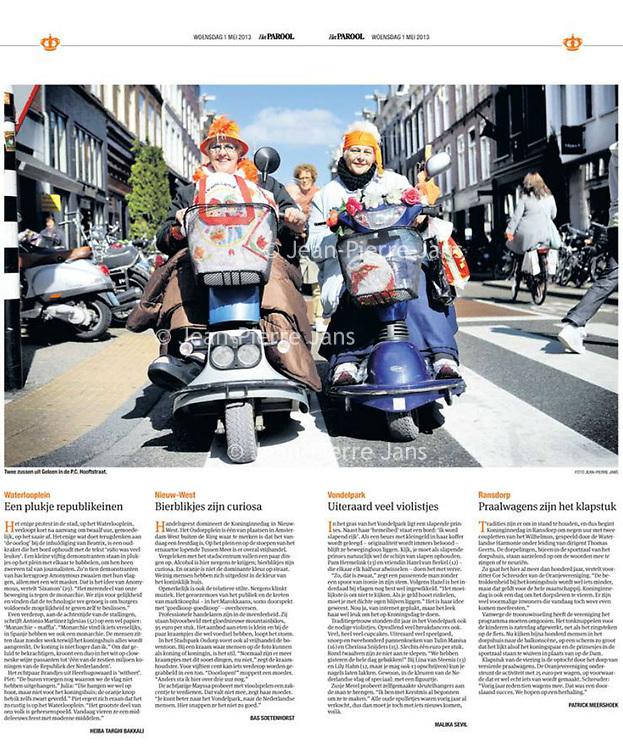 Parool 1 mei 2013, speciale oranjebijlage.Bij ons in de PC: de zusjes Loes en Gerda van Hijtigenberg uit Geleen zijn er helemaal klaar voor. Koninginnendag en de Kroning van Prins Willem Alexander van Oranje.