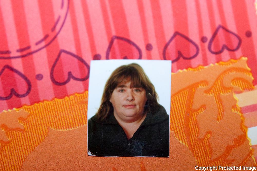 370591-repo van pasfoto overleden vrouw-verkeersongeval heidestraat itegem