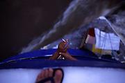 Manaus_AM, Brasil. ..Detalhe da mao do pescador com cigarro em um barco no Rio Negro...Detail of fisherman hand with cigarette in a boat in Negro river...FOTO: JOAO MARCOS ROSA /  NITRO
