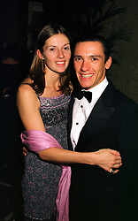 MR & MRS FRANKIE DETTORI he is the top jockey, at a dinner in London on 17th November 1999.MZE 15