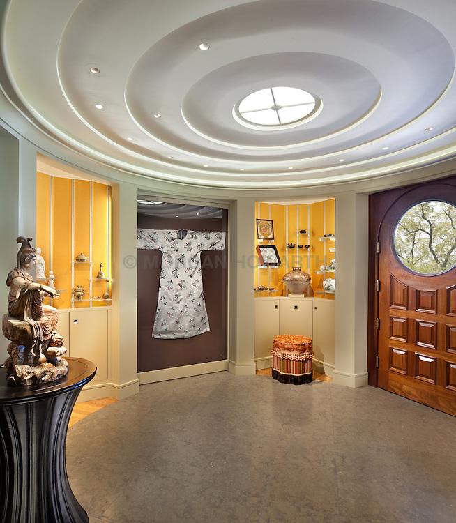 5110_Manning Washington DC art gallery foyer VA1_958_896