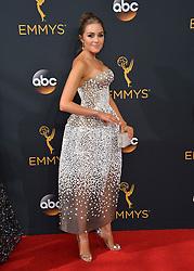 Olivia Culpo bei der Verleihung der 68. Primetime Emmy Awards in Los Angeles / 180916<br /> <br /> *** 68th Primetime Emmy Awards in Los Angeles, California on September 18th, 2016***