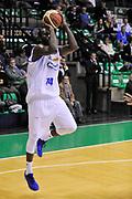 DESCRIZIONE : Treviso Lega due 2015-16  Universo Treviso De Longhi - Aurora Basket Jesi<br /> GIOCATORE : marshawn powell<br /> CATEGORIA : Tiro<br /> SQUADRA : Universo Treviso De Longhi - Aurora Basket Jesi<br /> EVENTO : Campionato Lega A 2015-2016 <br /> GARA : Universo Treviso De Longhi - Aurora Basket Jesi<br /> DATA : 31/10/2015<br /> SPORT : Pallacanestro <br /> AUTORE : Agenzia Ciamillo-Castoria/M.Gregolin<br /> Galleria : Lega Basket A 2015-2016  <br /> Fotonotizia :  Treviso Lega due 2015-16  Universo Treviso De Longhi - Aurora Basket Jesi