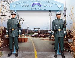 THEMENBILD - Die demilitarisierte Zone (DMZ) ist eine entmilitarisierte Zone. Sie teilt die Koreanische Halbinsel in Nord- und Südkorea und wurde nach dem drei Jahre dauernden Koreakrieg im Jahre 1953 eingerichtet. Die DMZ ist 248 Kilometer lang und ungefähr vier Kilometer breit. In ihrer Mitte verläuft die Militärische Demarkationslinie (MDL), die Grenze zwischen Nord- und Südkorea. Die DMZ wird von der aus Vertretern beider Seiten bestehenden Waffenstillstandskommission MAC (von engl. Military Armistice Commission) verwaltet. Das Betreten der DMZ ohne Genehmigung der Waffenstillstandskommission ist beiden Seiten grundsätzlich untersagt. Hier im Bild Anlage rund um den 3. Infiltrationstunnel . Aufgenommen am 28. Februar 2018 // The Korean Demilitarized Zone (DMZ) is a strip of land running across the Korean Peninsula. It is established by the provisions of the Korean Armistice Agreement to serve as a buffer zone between the Democratic People's Republic of Korea (North Korea) and the Republic of Korea (South Korea). The demilitarized zone (DMZ) is a border barrier that divides the Korean Peninsula roughly in half. It was created by agreement between North Korea, China and the United Nations in 1953. The DMZ is 250 kilometres (160 miles) long, and about 4 kilometres (2.5 miles) wide. In the Picture: 3rd Tunnel. DMZ on 28th February 2018. EXPA Pictures © 2018, PhotoCredit: EXPA/ Johann Groder