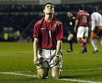 Fotball<br /> Privatlandskamp U 21<br /> England v Holland<br /> 8. februar 2005<br /> Foto: Digitalsport<br /> NORWAY ONLY<br /> England's James Milner cannot believe he has missed such a great chance to score