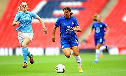 Gemma Bonner of Manchester City Women chases down Sam Kerr of Chelsea Women- Mandatory by-line: Nizaam Jones/JMP - 29/08/2020 - FOOTBALL - Wembley Stadium - London, England - Chelsea v Manchester City - FA Women's Community Shield
