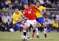 Fotball<br /> Brasil v Egypt<br /> Foto: DPPI/Digitalsport<br /> NORWAY ONLY<br /> <br /> FOOTBALL - CONFEDERATIONS NATIONS CUP 2009 - GROUP B - 1ST ROUND - BRAZIL v EGYPT - 15/06/2009 <br /> <br /> MOHAMED ABOUTRIKA (EGY) / LUCIO / GILBERTO SILVA (BRA)