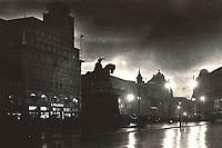 Zagreb : Jelačićev trg (u predvečerje. <br /> <br /> ImpresumZagreb : Foto-Material od t. t. Griesbach i Knaus, [1937].<br /> Materijalni opis1 razglednica : tisak ; 9 x 14,2 cm.<br /> NakladnikFotoveletrgovina Griesbach i Knaus (Zagreb)<br /> Mjesto izdavanjaZagreb<br /> Vrstavizualna građa • razglednice<br /> ZbirkaZbirka razglednica • Grafička zbirka NSK<br /> Formatimage/jpeg<br /> PredmetZagreb –– Trg bana Josipa Jelačića<br /> SignaturaRZG-JEL-16<br /> Obuhvat(vremenski)20. stoljeće<br /> NapomenaRazglednica je putovala 1938. godine. • Na poleđini razglednice iznad razdjelne linije otisnut je monogram GLZ, vjerojatno Ljudevit Griesbach kao autor fotografije po kojoj nastaje razglednica.<br /> PravaJavno dobro<br /> Identifikatori000952425<br /> NBN.HRNBN: urn:nbn:hr:238:365069 <br /> <br /> Izvor: Digitalne zbirke Nacionalne i sveučilišne knjižnice u Zagrebu