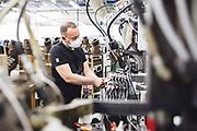 Reportage HANWAG Manufaktur Schuh Produktion in Vierkirchen