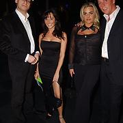 Miljonairfair 2004, Unico Glorie en Dave Heijnerman en vriendinnen