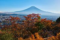Japon, île de Honshu, région de Shizuoka, lac Kawaguchiko et le mont Fuji // Japan, Honshu, Shizuoka, Fujiyoshida, Mount Fuji