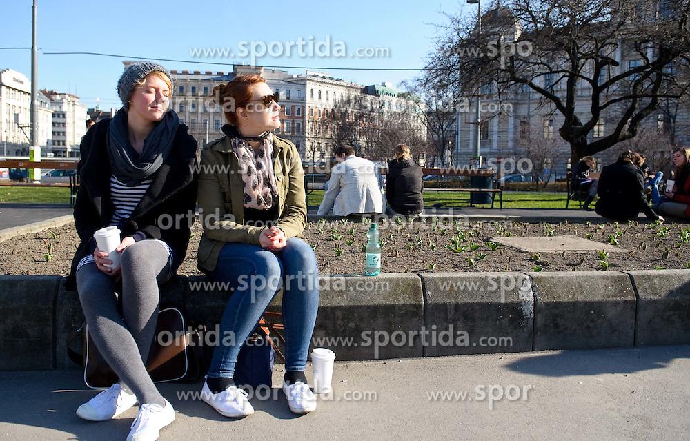 THEMENBILD - Fruehling in Wien. das Bild wurde am 15.  Maerz 2012 aufgenommen. im Bild Zwei Maedels geniessen die ersten starken Sonnestrahlen im Sigmund Freud Park // THEME IMAGE FEATURE - Springtime in Vienna. The image was taken on march, 15, 2012. Picture shows two girls enjoying sun at Sigmund Freud Park, AUT, EXPA Pictures © 2012, PhotoCredit: EXPA/ M. Gruber