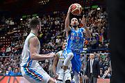 DESCRIZIONE : Beko Final Eight Coppa Italia 2016 Serie A Final8 Quarti di Finale Vanoli Cremona - Dinamo Banco di Sardegna Sassari<br /> GIOCATORE : David Logan<br /> CATEGORIA : Tiro Penetrazione Sottomano<br /> SQUADRA : Dinamo Banco di Sardegna Sassari<br /> EVENTO : Beko Final Eight Coppa Italia 2016<br /> GARA : Quarti di Finale Vanoli Cremona - Dinamo Banco di Sardegna Sassari<br /> DATA : 19/02/2016<br /> SPORT : Pallacanestro <br /> AUTORE : Agenzia Ciamillo-Castoria/L.Canu