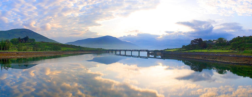 """Mystical Sunrise with view on """"Old Bridge"""" and Knock na d'Tobar, Cahersiveen, County Kerry, Irleand / ch025"""