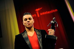 13-12-2010 ALGEMEEN: TOPSPORT GALA AMSTERDAM: AMSTERDAM<br /> In de Westergasfabriek werd het gala van de beste sportman, -vrouw, coach en ploeg gekozen / Jeffrey Wammes sportman 2010<br /> ©2010-WWW.FOTOHOOGENDOORN.NL