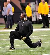 The New Orleans Saints RB Reggie Bush warms up befoer the Saints play the Seattle Seahawks Sunday Nov. 21, 2010 in New Orleans at the Super Dome. IReggie ended up not playing in this game again, since he broke his fibula. Photo©SuziAltman.