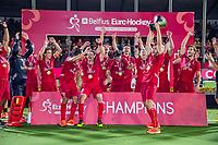 ANTWERPEN - Manu Stockbroekx (Belgie) )  met de cup.   Belgie wint de titel    na de  finale mannen  Belgie-Spanje (5-0)  bij het Europees kampioenschap hockey. Belgie kampioen.  COPYRIGHT KOEN SUYK