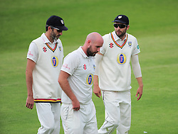Mark Wood, talks to Graham Onions and Chris Rushworth of Durham.  - Mandatory by-line: Alex Davidson/JMP - 04/08/2016 - CRICKET - The Cooper Associates County Ground - Taunton, United Kingdom - Somerset v Durham - County Championship