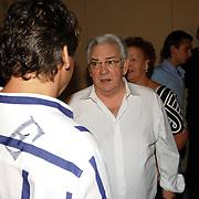 NLD/Hilversum/20061003 - 1e Tryout concert Rene Froger, Rene met vader Jan