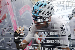 May 9, 2018 - Santa Ninfa, ITALY - British Chris Froome of Team Sky signs the starting list at stage 5 of the 101st edition of the Giro D'Italia cycling tour, 153km from Agrigento to Santa Ninfa (Valle del Belice), Italy, Wednesday 09 May 2018...BELGA PHOTO YUZURU SUNADA FRANCE OUT (Credit Image: © Yuzuru Sunada/Belga via ZUMA Press)