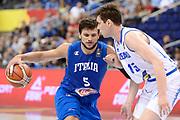 DESCRIZIONE : Berlino Berlin Eurobasket 2015 Group B Iceland Italy <br /> GIOCATORE : Alessandro Gentile<br /> CATEGORIA :Palleggio difesa sequenza<br /> SQUADRA : Italy<br /> EVENTO : Eurobasket 2015 Group B <br /> GARA : Iceland Italy <br /> DATA : 06/09/2015 <br /> SPORT : Pallacanestro <br /> AUTORE : Agenzia Ciamillo-Castoria/Mancini Ivan<br /> Galleria : Eurobasket 2015 <br /> Fotonotizia : Berlino Berlin Eurobasket 2015 Group B Iceland Italy
