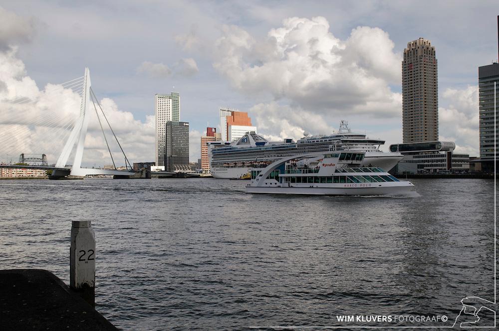 WK20100912-001.NEF.Rotterdam ,kop van zuid