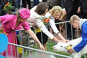 Koninginnedag 2008 / Queensday 2008. <br /> <br /> Koningin Beatrix viert Koninginnedag dit jaar in Friesland. De vorstin en haar familie bezochten op 30 april Makkum en Franeker.<br /> <br /> Queen Beatrix celebrates Queensday this year in Friesland (the Nothren provice in Holland). The Queen and its family visited Makkum and Franeker on 30 April.<br /> <br /> Op de foto/ On the Photo:<br /> <br /> Princes Laurentien , Princes Marilene and Princes Mabel