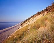 Mattituck Coast with Cliffs, Mattituck, New York, clear day