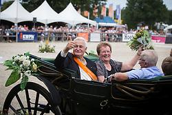 Familie Venderbosch fokkers van het jaar 2012 richting springen<br /> KWPN Paardendagen Ermelo 2012<br /> © Dirk Caremans