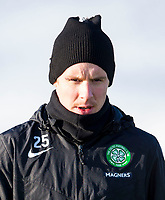 30/01/15<br /> CELTIC TRAINING<br /> LENNOXTOWN<br /> Celtic midfielder Stefan Johansen wraps himself up ahaead of a cold training session