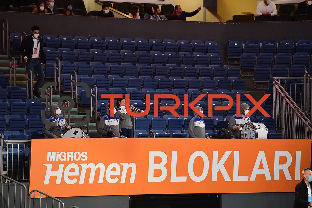 Anadolu Efes's and Valencia Basket's during their Turkish Airlines Euroleague Basketball 2020-2021 Regular Season Round 27 match Anadolu Efes between Valencia Basket at the Sinan Erdem Sports Hall on March 02, 2021 in Istanbul, Turkey. Photo by Aykut AKICI/TURKPIX