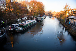 © Licensed to London News Pictures. 31/01/2019. London, UK. The Grand Union Canal at Little Venice partly frozen over as temperatures in London drop to the lowest of the winter so far. Photo credit: Ben Cawthra/LNP