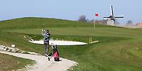DIRKSHORN - GC Dirkshorn hole 11 met molen. ANP Copyright KOEN SUYK