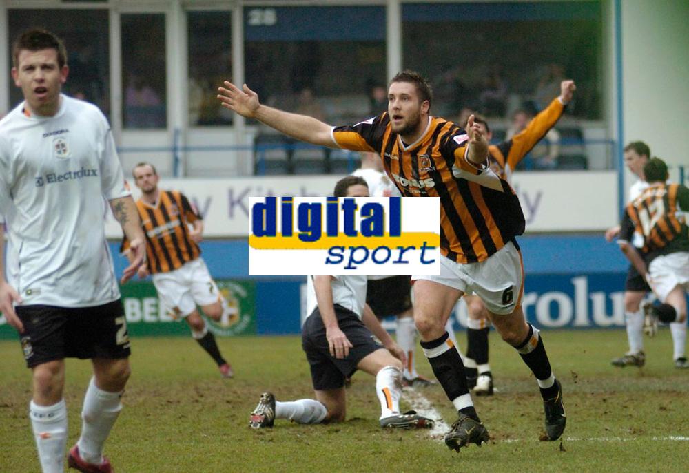 Photo: Leigh Quinnell.<br /> Luton Town v Hull City. Coca Cola Championship. 04/02/2006. Hull Jon Parkin celebrates scoring Hulls third goal.