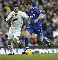 Fotball<br /> England 2004/2005<br /> Foto: SBI/Digitalsport<br /> NORWAY ONLY<br /> <br /> Leeds United v Millwall<br /> <br /> Coca-Cola Championship<br /> <br /> 19/12/2004<br /> <br /> Leeds Frazer Richardson and Millwall's Scott Dobie