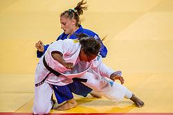 09-08-2016 BRA: Olympic Games day 4, Rio de Janeiro<br /> In de klasse tot -63 kilogram wint Anika van Emden in de tweede ronde van de Engelse Alice Schlesinger.