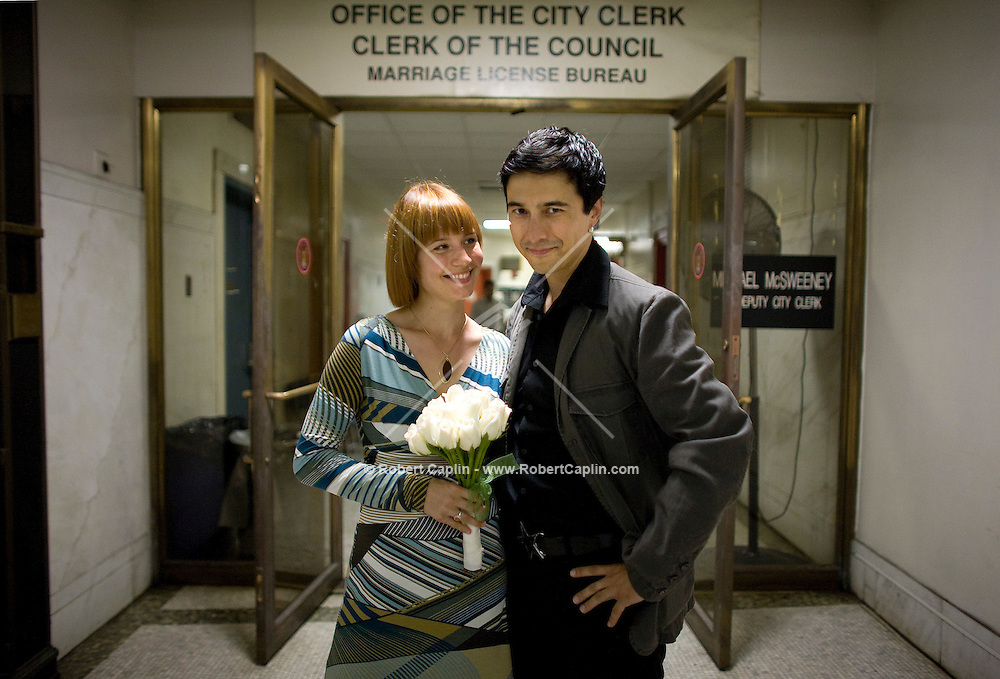 Ken Steen and Katya Heitkaemper, both of Berlin, Germany, decided to elope at the Municipal Building in New York. For Seth Kugel's Weekend in New York Column.  Sept. 10, 2007. Photographer: Robert Caplin For The New York TImes.