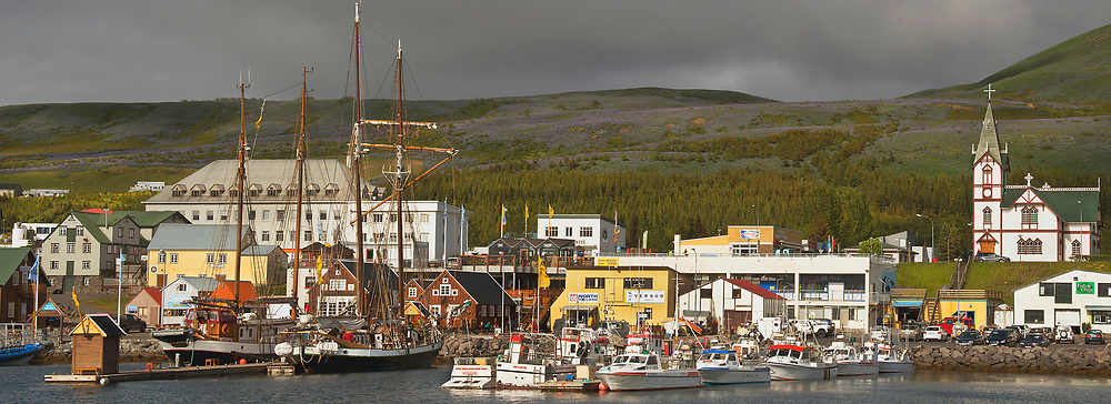 Small whaling/fishing village in Western Iceland