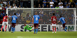 Josh Morris of Scunthorpe United scores a penalty past Frank Fielding of Bristol City - Mandatory by-line: Robbie Stephenson/JMP - 23/08/2016 - FOOTBALL - Glanford Park - Scunthorpe, England - Scunthorpe United v Bristol City - EFL Cup second round