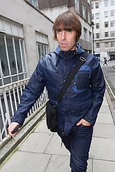 © Licensed to London News Pictures. 16/09/2015. London, UK. LIAM GALLAGHER arrives at the Central Family Court in London to attend a private court hearing between Liam Gallagher and his ex-wife, Nicole Appleton. Photo credit : Vickie Flores/LNP