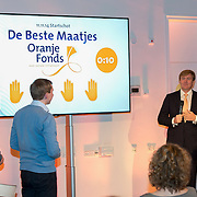 Koning Willem-Alexander geeft startsein voor nieuwe Oranjefonds campagne Maatjes Gezocht . Maatjes zijn vrijwilligers die iemand gedurende langere tijd een steuntje in de rug bieden. <br /> <br /> King Willem-Alexander launches new campaign Oranjefonds Buddies Wanted. Buddies are volunteers who offer someone for a long time a helping hand.<br /> <br /> Op de foto / On the photo:  Koning Willem Alexander / King Willem Alexander