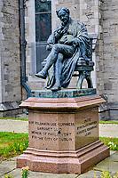 République d'Irlande, Dublin, la Cathedrale Saint Patrick, statue de Sir Benjamin Lee Guinness // Republic of Ireland; Dublin, St Patrick's cathedral church is a national church of Republic of Ireland, Benjamin Lee Guinness statue