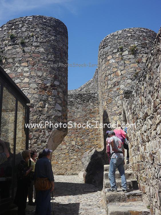 Portugal, Alentejo, Fortified castle walls of the Castelo de Santiago do Cacém