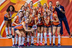 01-10-2017 AZE: Final CEV European Volleyball Nederland - Servie, Baku<br /> Nederland verliest opnieuw de finale op een EK. Servië was met 3-1 te sterk / Team Nederland pakt de zilveren medaille