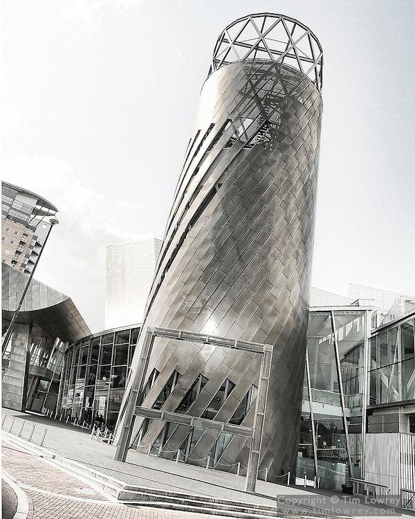 The Lowry Centre, Salford Quays, Greater Manchester, Designed by architects Michael Wilford Associates. The Centre was opened on 12 October 2000