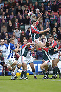 Leicester, England UK., 9th October 2004,  Zurich Premiership Rugby, Leicester Tigers vs Bath Rugby, Welford Road,<br /> [Mandatory Credit: Peter Spurrier/Intersport Images],<br /> Martin Corry, deflects the ball down to scrum half harry ellis
